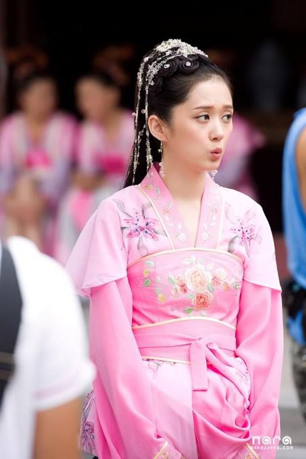 Mỹ nhân Hàn trong tạo hình phim cổ trang Trung Quốc: Park Min Young đẹp xuất sắc, Yoona bị dìm vì trang phục - Ảnh 13.