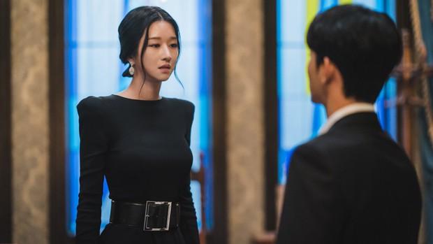 3 chị đại phim Hàn diện đồ bao đỉnh: Son Ye Jin - Seo Ye Ji siêu sang nhưng vẫn chưa bằng bà chủ IU - Ảnh 5.
