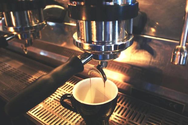 TP Hồ Chí Minh xếp hạng 7 trong top 10 điểm đến thưởng thức cà phê trên thế giới - Ảnh 2.