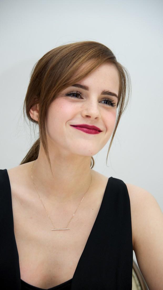 Không nhận ra Hermione Emma Watson ngày nào: Đi phi cơ riêng nhưng ngoại hình già xọm kém sắc đến ngỡ ngàng - Ảnh 10.