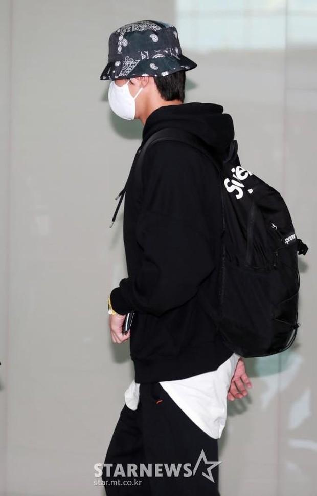 Park Seo Joon kín mít mà vẫn náo loạn sân bay vì soái khí ngút ngàn, chính thức xuất phát sang Mỹ đóng bom tấn Captain Marvel - Ảnh 5.