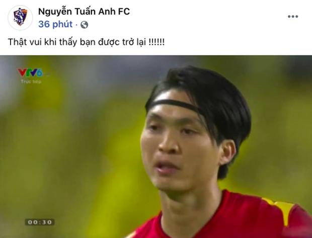 Không phải Quang Hải, đây là cầu thủ gây xúc động mạnh khi xuất hiện trên sân đêm nay: Một sự chờ đợi ngọt ngào! - Ảnh 2.