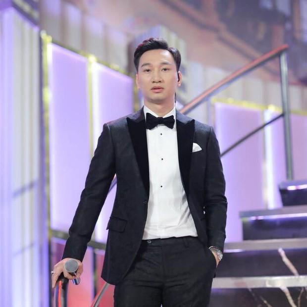 Loạt phát ngôn phản cảm của MC Thành Trung: Từ phân biệt vùng miền, chửi tục đến cổ xuý netizen làm điều xấu - Ảnh 2.