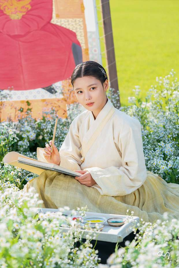 Kim Yoo Jung và 3 tạo hình cổ trang gây thương nhớ: Bom tấn Hong Chun Gi vẫn thua xa tiên tử 17 tuổi - Ảnh 17.