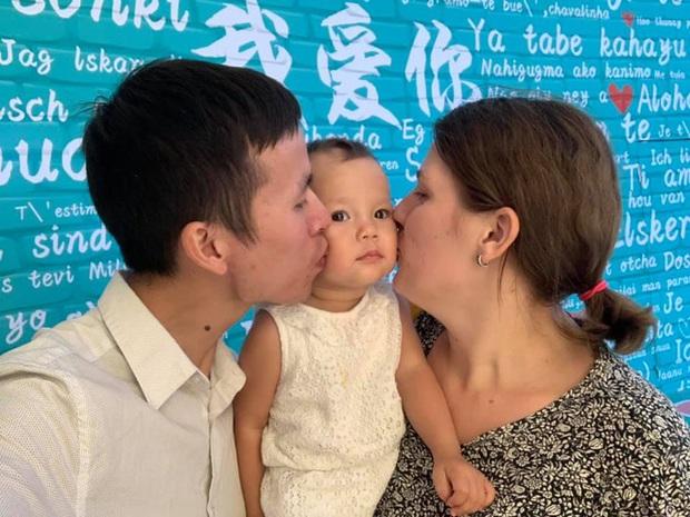 Bé gái 3 tuổi thạo 5 ngôn ngữ: Bố cho rằng việc dạy con quả khế, thanh long... phát âm Tiếng Anh thế nào là rất dở! - Ảnh 6.