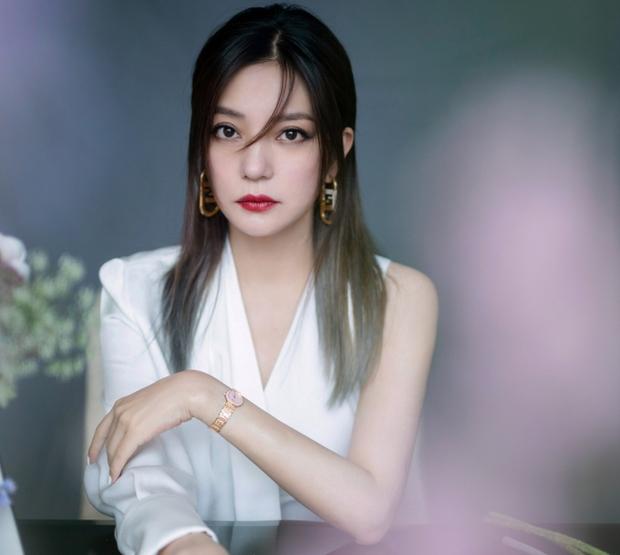 Mỹ nhân Hoa ngữ là nạn nhân của bạo lực phim trường: Dương Mịch bị đạo diễn tát, người cuối còn bị quấy rối tình dục - Ảnh 5.
