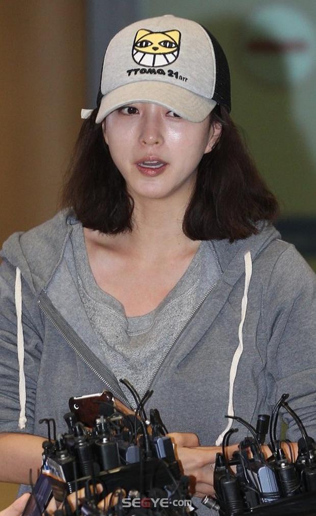 Mỹ nhân phim Hàn dính phốt mắc bệnh ngôi sao: Jeon Ji Hyun mang tiếng vì 1 bức hình, số 3 không ai bênh nổi - Ảnh 5.