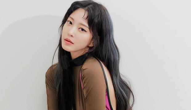Mỹ nhân phim Hàn dính phốt mắc bệnh ngôi sao: Jeon Ji Hyun mang tiếng vì 1 bức hình, số 3 không ai bênh nổi - Ảnh 6.