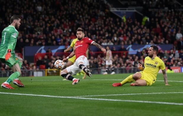 Ronaldo ghi bàn phút cuối cùng, giải cứu MU khỏi thảm hoạ ngay trên sân nhà - Ảnh 9.