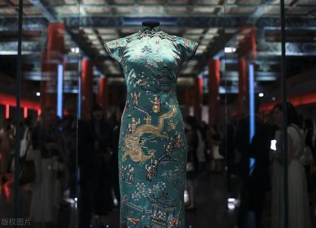 Thiên kim tiểu thư của gia tộc Hoa kiều giàu có nhất Đông Nam Á: Sống cuộc đời thần kỳ vạn người mê nhưng kết cục cô độc đáng suy ngẫm - Ảnh 10.