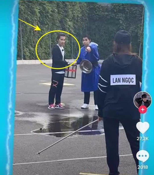 Lộ ảnh rõ diện mạo tại hậu trường cạnh Jun Phạm, Jack không hề bị bay màu khỏi Running Man Việt mùa 2?  - Ảnh 3.