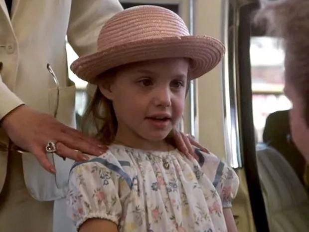 Angelina Jolie: 14 tuổi đã nổi loạn và tự tử bất thành, gái hư 2 lần đeo mác tiểu tam đến minh tinh nghị lực vượt qua ung thư - Ảnh 3.