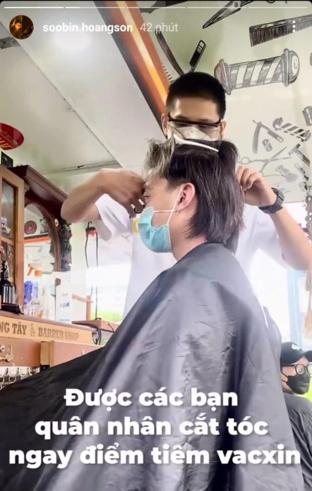 Sướng nhất Soobin Hoàng Sơn: Đi tiêm vaccine lại được anh quân nhân tặng kèm cắt tóc miễn phí, chất lượng khỏi phải bàn - Ảnh 2.