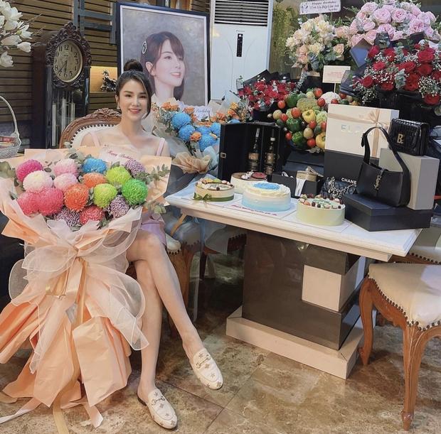 Hội mỹ nhân hot nhất Next Top Model mùa 1 sau 11 năm: Cả dàn thành dâu hào môn, Đàm Thu Trang - Phạm Hương gây xôn xao vì hôn nhân - Ảnh 17.