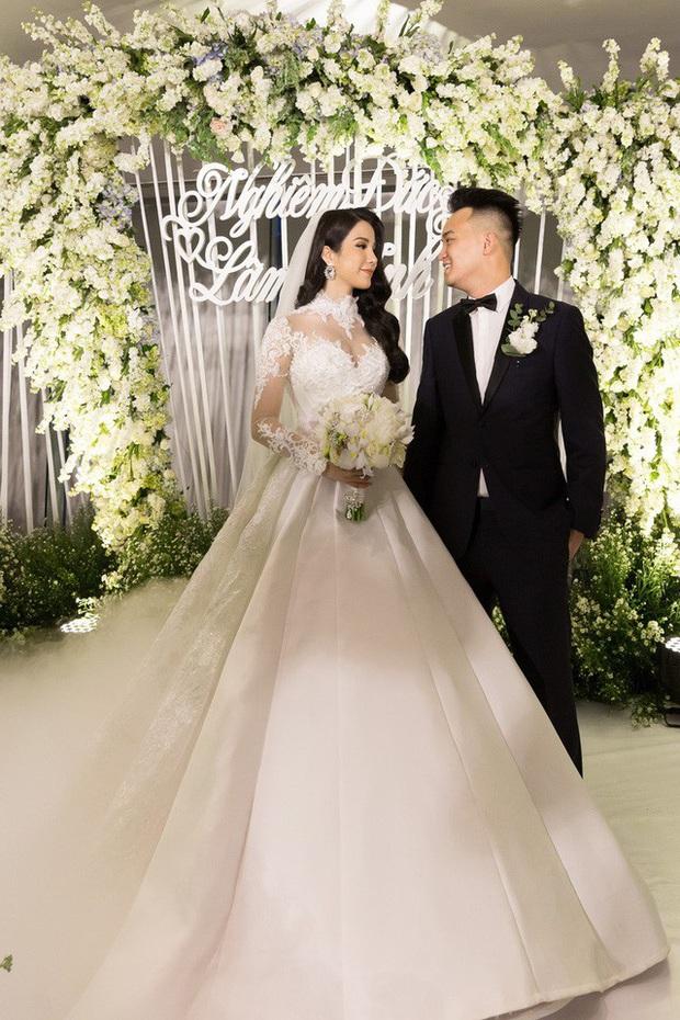 Hội mỹ nhân hot nhất Next Top Model mùa 1 sau 11 năm: Cả dàn thành dâu hào môn, Đàm Thu Trang - Phạm Hương gây xôn xao vì hôn nhân - Ảnh 15.