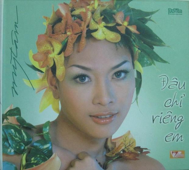 """Bìa album thời """"ơ kìa"""" của sao Việt: Mỹ Tâm nổi loạn với tóc tém, 1088 chuẩn """"oppa"""" nam thần, nhìn sang MTV """"giận tím người"""" - Ảnh 18."""