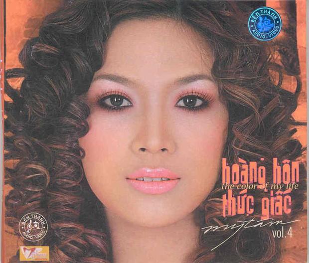 """Bìa album thời """"ơ kìa"""" của sao Việt: Mỹ Tâm nổi loạn với tóc tém, 1088 chuẩn """"oppa"""" nam thần, nhìn sang MTV """"giận tím người"""" - Ảnh 20."""
