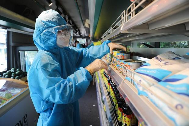 Chợ đầu mối lớn nhất TP.HCM hoạt động trở lại vào ngày 7/9 - Ảnh 2.