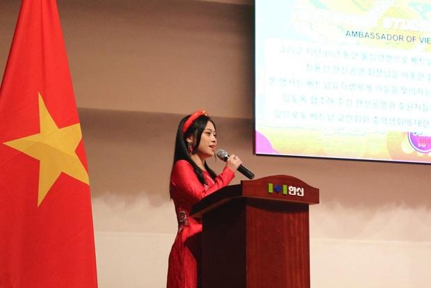 """Người Việt đầu tiên trở thành công dân danh dự Seoul """"vén màn"""" hậu trường nghề phiên dịch cho các chính khách và chủ tịch tập đoàn lớn - Ảnh 4."""