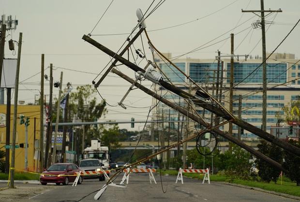 Mỹ: Số nạn nhân thiệt mạng do bão Ida tiếp tục tăng, nhiều nơi vẫn mất điện - Ảnh 2.
