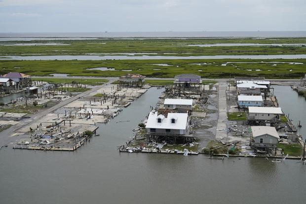 Mỹ: Số nạn nhân thiệt mạng do bão Ida tiếp tục tăng, nhiều nơi vẫn mất điện - Ảnh 4.