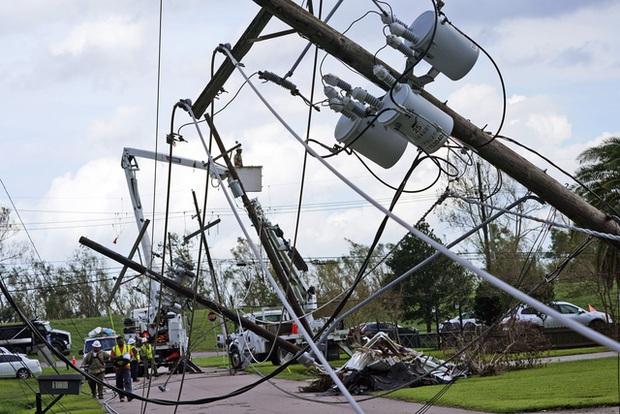 Mỹ: Số nạn nhân thiệt mạng do bão Ida tiếp tục tăng, nhiều nơi vẫn mất điện - Ảnh 5.