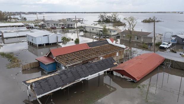 Mỹ: Số nạn nhân thiệt mạng do bão Ida tiếp tục tăng, nhiều nơi vẫn mất điện - Ảnh 6.