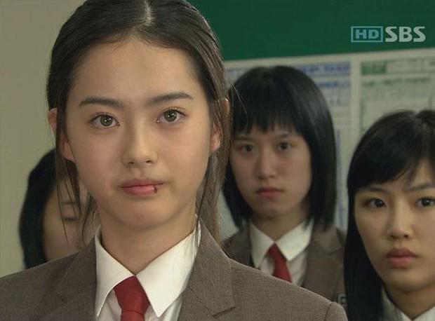 Nữ minh tinh có đôi mắt đẹp nhất làng điện ảnh Hàn: Màu nâu hạt dẻ hút hồn người xem, còn có 1 điểm biến hoá như ma cà rồng? - Ảnh 4.