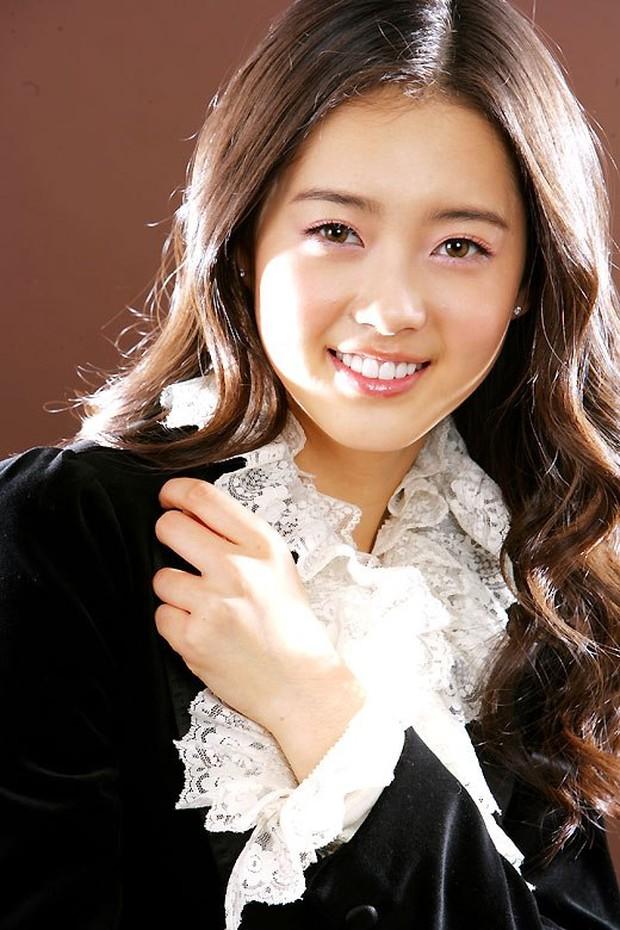 Nữ minh tinh có đôi mắt đẹp nhất làng điện ảnh Hàn: Màu nâu hạt dẻ hút hồn người xem, còn có 1 điểm biến hoá như ma cà rồng? - Ảnh 6.