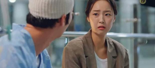 6 bí ẩn to đùng cần lời giải ở tập cuối Penthouse 3: Yoon Hee có toàn mạng, Su Ryeon được bình yên chưa? - Ảnh 9.