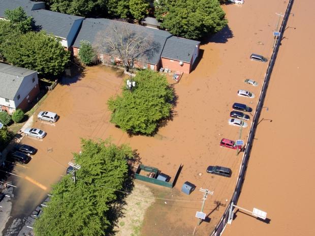 Tổng thống Mỹ Biden chỉ đạo viện trợ khắc phục hậu quả lũ lụt do bão Ida - Ảnh 1.