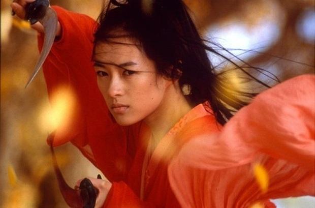 5 nữ sát thủ gợi cảm nhất màn ảnh Hoa ngữ: Triệu Vy - Thư Kỳ phải ngửi khói một mỹ nhân khỏa thân, cuồng sex cực bạo - Ảnh 7.