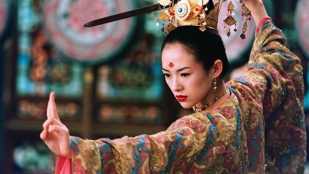 5 nữ sát thủ gợi cảm nhất màn ảnh Hoa ngữ: Triệu Vy - Thư Kỳ phải ngửi khói một mỹ nhân khỏa thân, cuồng sex cực bạo - Ảnh 8.