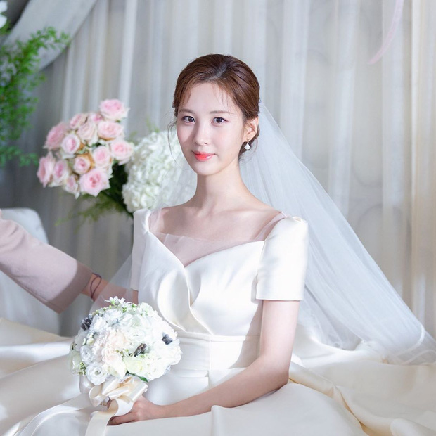 Mỹ nhân Hàn hóa cô dâu xinh nức nở trên phim: Son Ye Jin bao năm vẫn xứng danh huyền thoại - Ảnh 1.