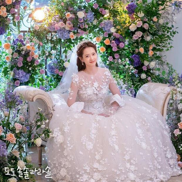 Mỹ nhân Hàn hóa cô dâu xinh nức nở trên phim: Son Ye Jin bao năm vẫn xứng danh huyền thoại - Ảnh 3.