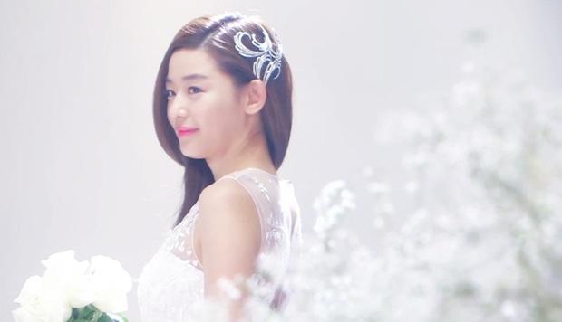 Mỹ nhân Hàn hóa cô dâu xinh nức nở trên phim: Son Ye Jin bao năm vẫn xứng danh huyền thoại - Ảnh 7.