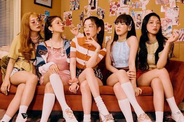 5 nhóm nữ bán album chạy nhất mọi thời đại: SNSD cạnh tranh hạng 1 với TWICE, BLACKPINK, 1 nhóm đã tan rã vẫn lọt top - Ảnh 1.