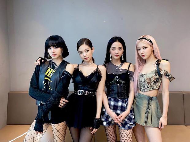 5 nhóm nữ bán album chạy nhất mọi thời đại: SNSD cạnh tranh hạng 1 với TWICE, BLACKPINK, 1 nhóm đã tan rã vẫn lọt top - Ảnh 7.