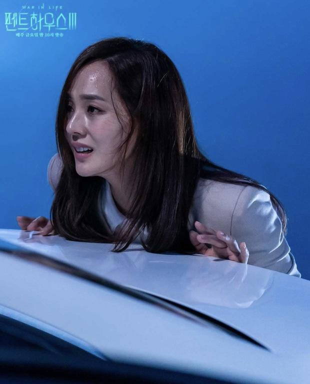 6 bí ẩn to đùng cần lời giải ở tập cuối Penthouse 3: Yoon Hee có toàn mạng, Su Ryeon được bình yên chưa? - Ảnh 1.