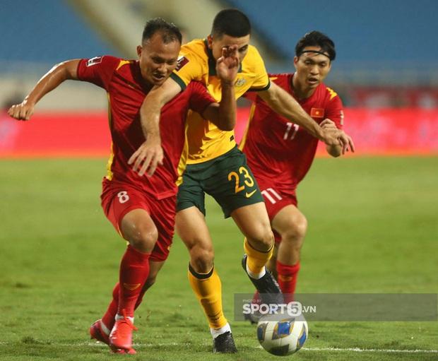 Ảnh: Những chàng trai Việt Nam vừa phải chiến đấu với đối thủ cao gấp rưỡi, nặng gấp đôi - Ảnh 8.