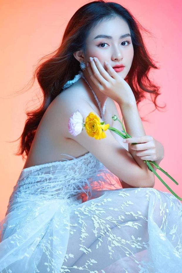 Xuất hiện gái xinh đăng ký Hoa hậu Hoàn vũ nhưng tại sao netizen lại bảo thi nhầm cuộc thi? - Ảnh 2.