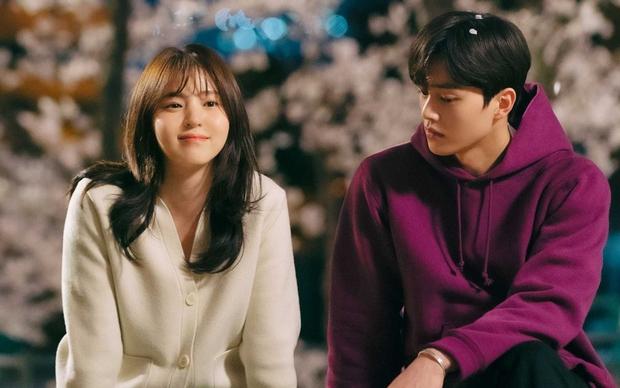 4 phim Hàn gây thất vọng nhất 2021: Trai hư Song Kang ôm trọn combo bom xịt, Hyeri tái xuất nhạt nhòa - Ảnh 1.