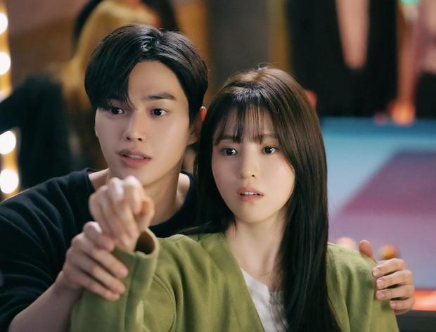 4 phim Hàn gây thất vọng nhất 2021: Trai hư Song Kang ôm trọn combo bom xịt, Hyeri tái xuất nhạt nhòa - Ảnh 2.
