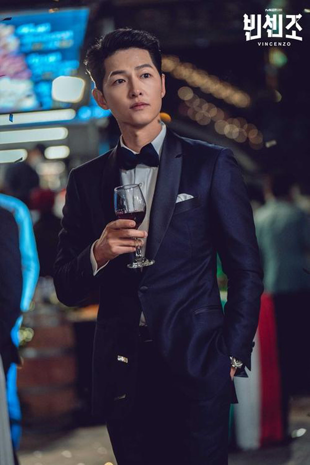 Loạt phim Hàn ấn tượng nhất 3 quý đầu năm 2021: Bom tấn của Song Joong Ki - Hospital Playlist 2 so kè khốc liệt - Ảnh 2.