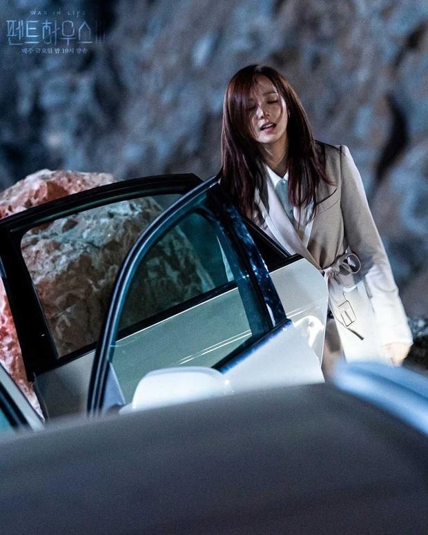 Loạt phim Hàn ấn tượng nhất 3 quý đầu năm 2021: Bom tấn của Song Joong Ki - Hospital Playlist 2 so kè khốc liệt - Ảnh 11.