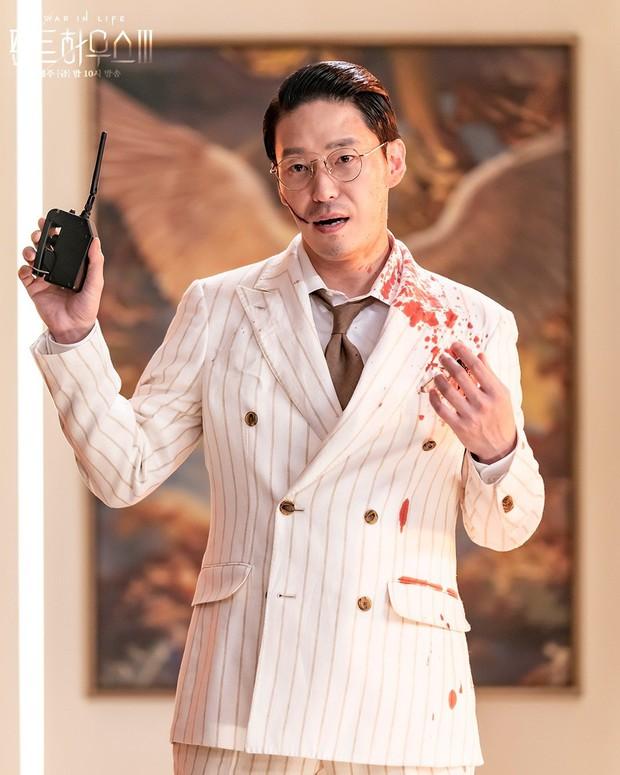 Loạt phim Hàn ấn tượng nhất 3 quý đầu năm 2021: Bom tấn của Song Joong Ki - Hospital Playlist 2 so kè khốc liệt - Ảnh 12.