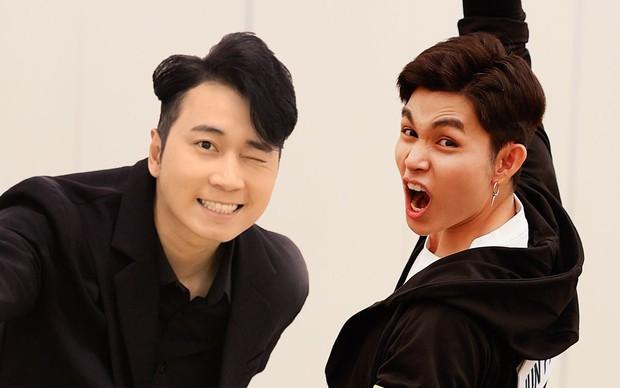 Karik chụp ảnh cho Jun Phạm, Liên Bỉnh Phát body chuẩn tạc tượng, nhìn lại ảnh mình thấy mà tức - Ảnh 6.