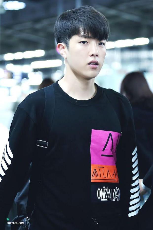 Chuyên gia tiết lộ tình trạng rụng tóc như mưa của idol Kpop, liệu nhuộm tẩy có gây hói hoàn toàn? - Ảnh 6.