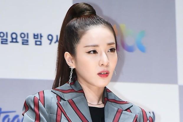 """Dàn idol Hàn xuất thân nghèo khổ giờ là """"cá kiếm"""" thứ thiệt: V, SUGA (BTS) đổi đời, đàn chị BLACKPINK từ gánh nợ giờ giàu nứt vách - Ảnh 10."""
