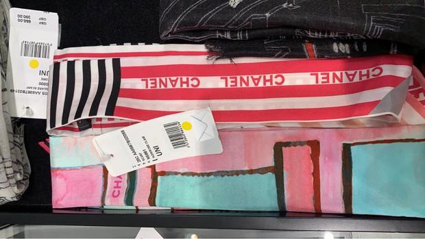 Đập tan tin đồn dùng hàng fake, Phương Oanh được chứng minh diện khăn Chanel xịn 100% trong Hương Vị Tình Thân - Ảnh 4.